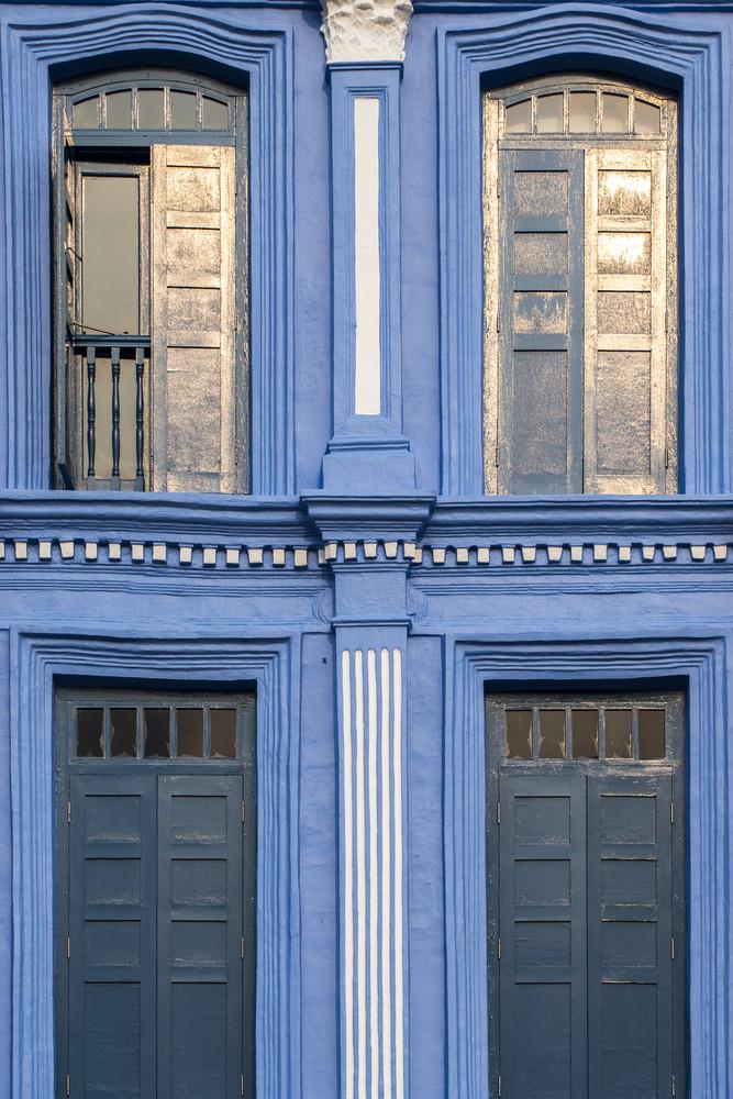4 Vintage windows