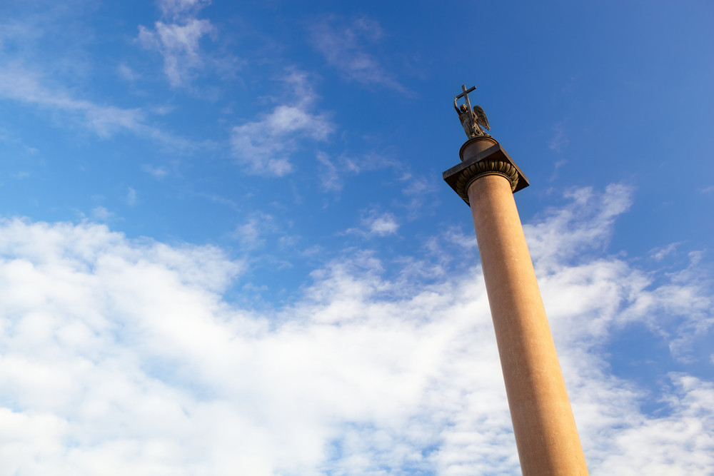 Alexander column in st  petersburg