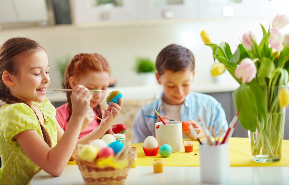 Preschoolers Decorating Easter Eggs