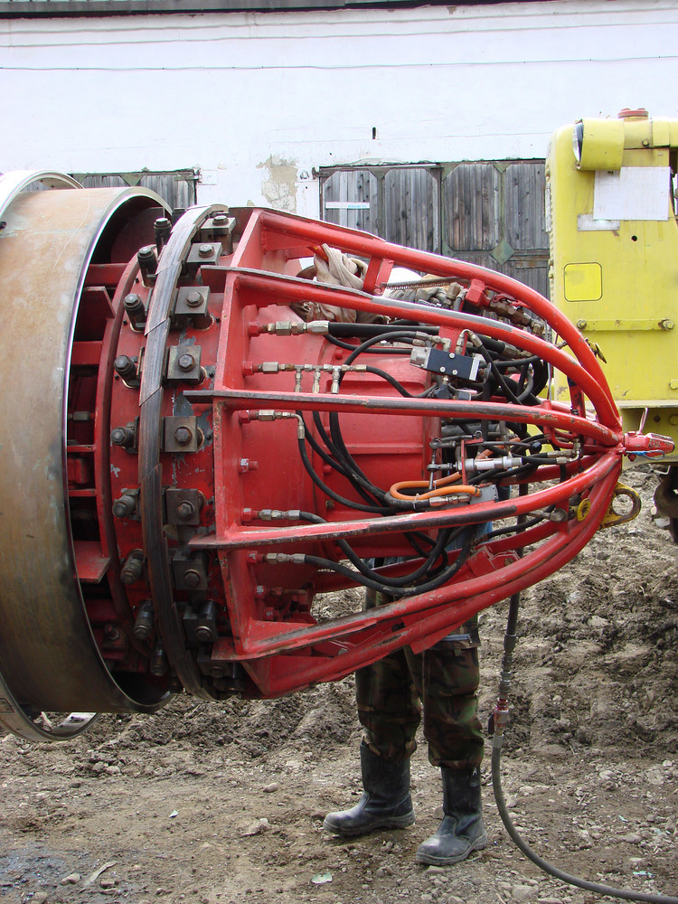 The device for research of the pipeline at construction. identification of shortcomings.