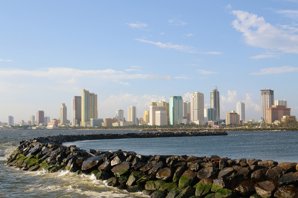 Afternoon-city-skyline