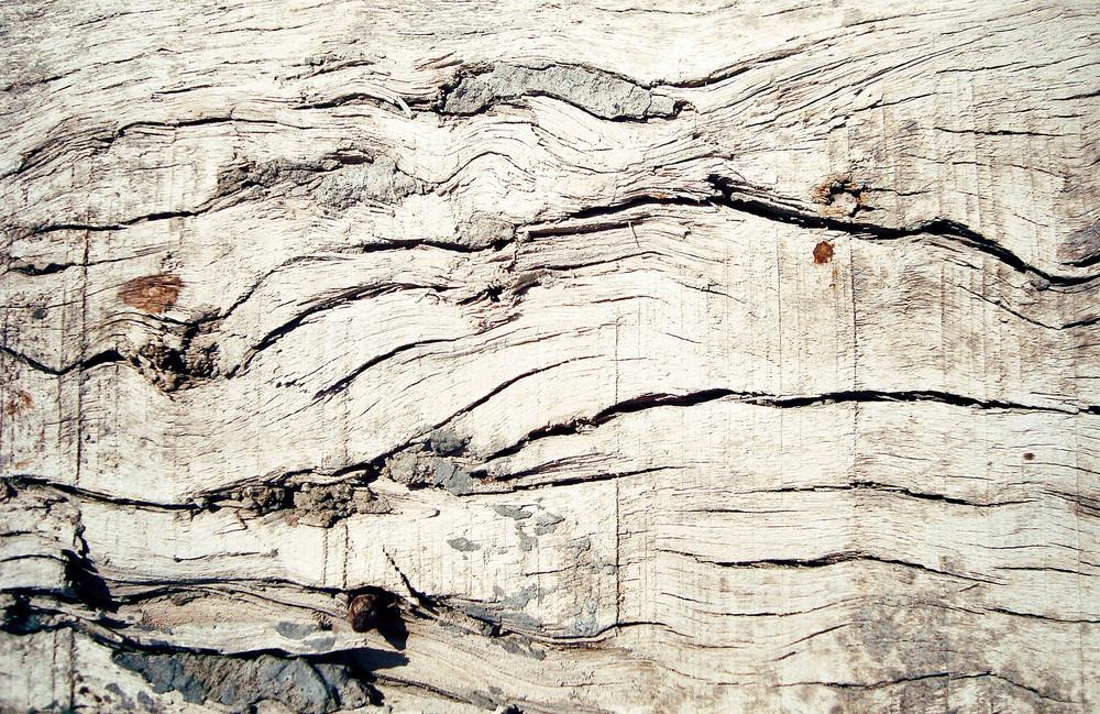 Broken_old_wooden_texture