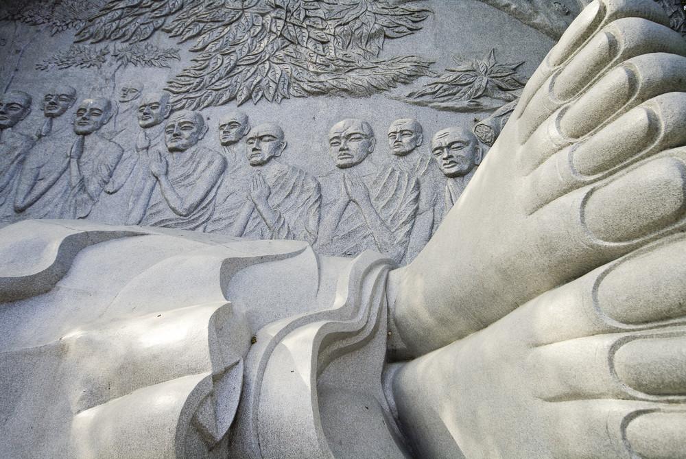 buddha sculpture in vietnam
