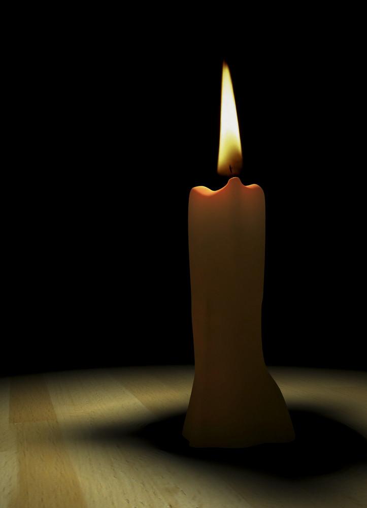 Candle 090304 02