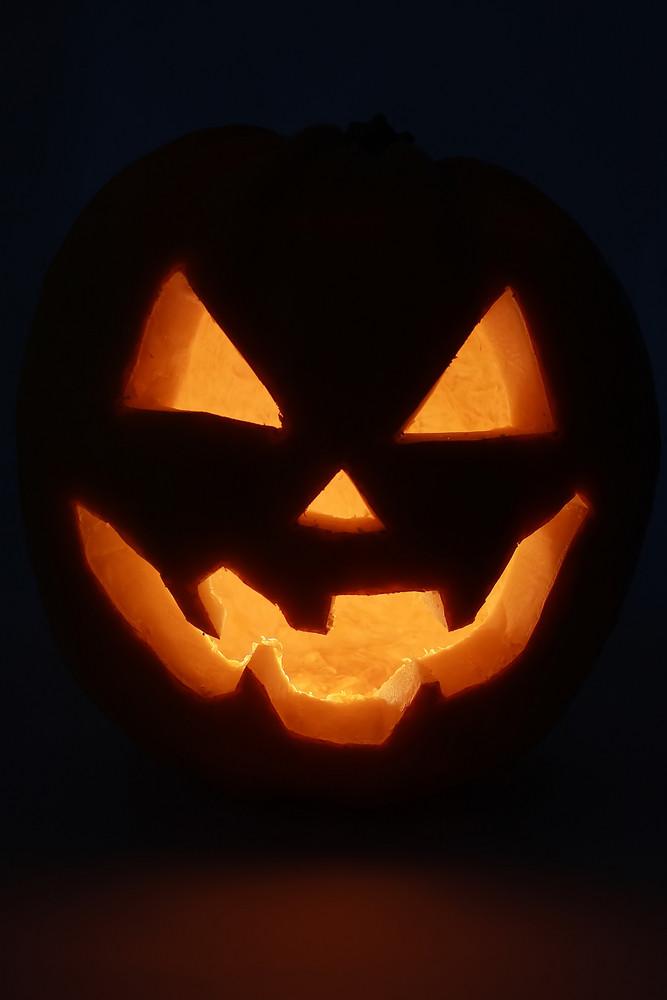 Dark Pumpkin Lantern