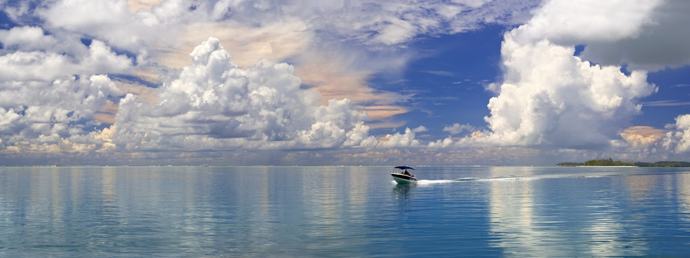 Motorboat on the tropical ocean