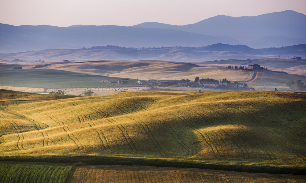 Early morning on countryside, San Quirico d´Orcia, Tuscany, Italy