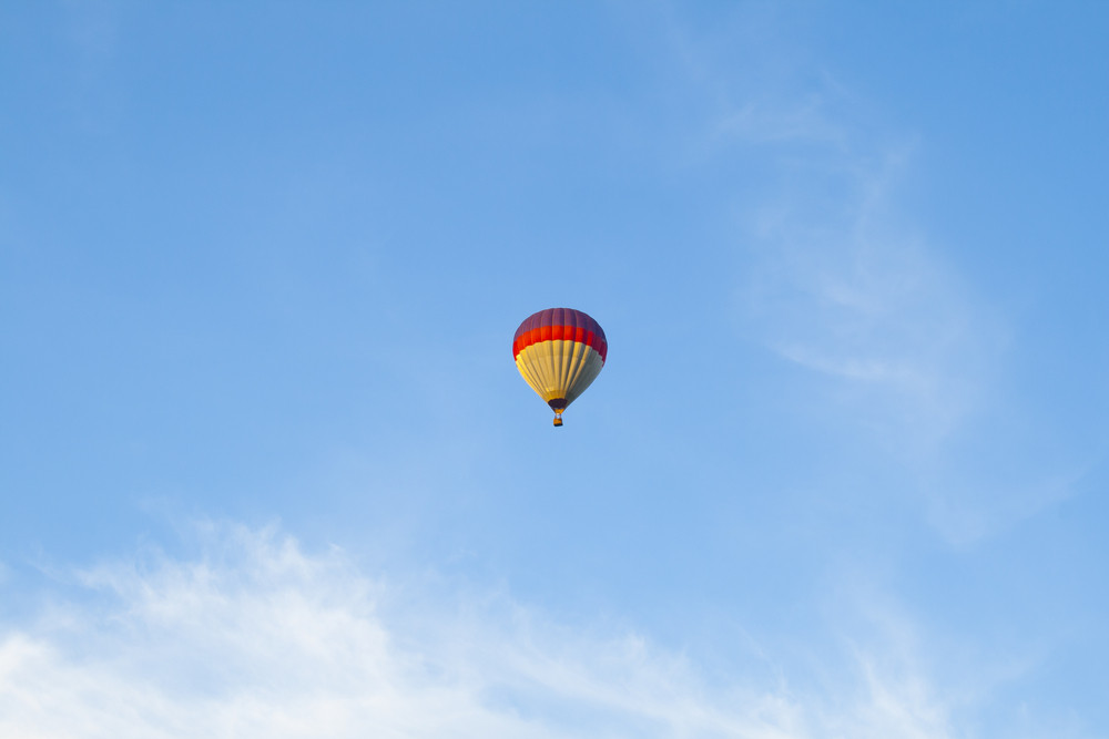 hot air balloon in blue sky