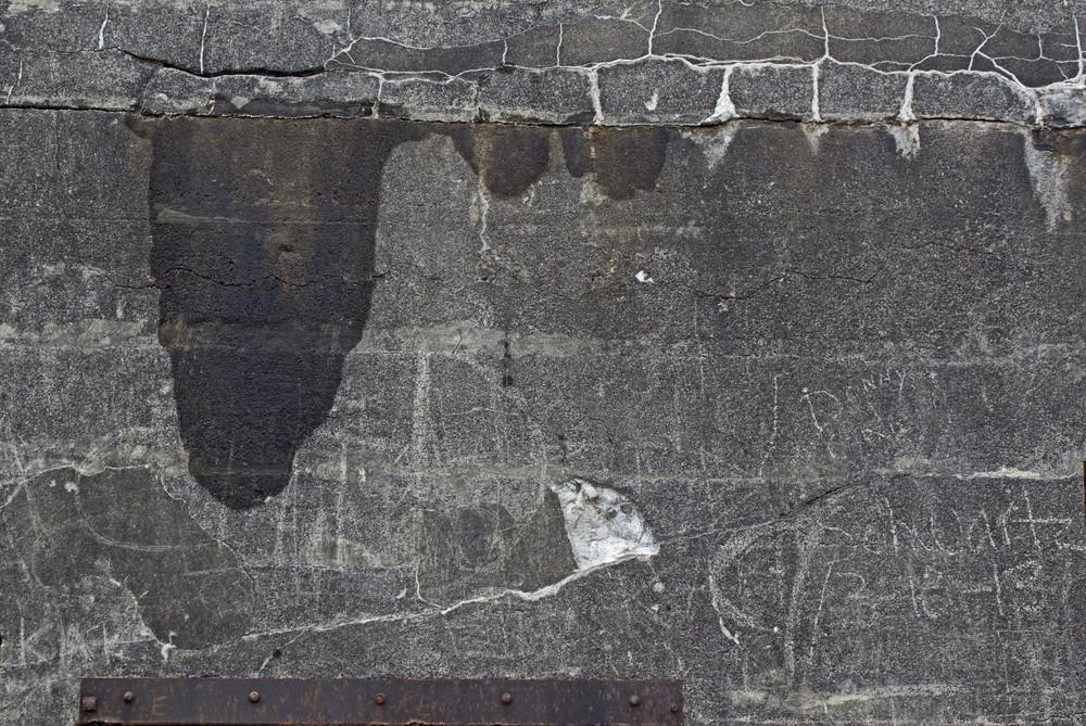 Grunge Concrete Wall 54