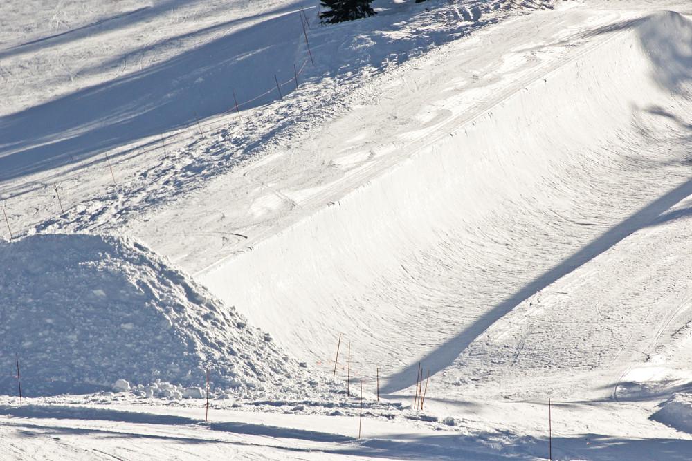 Half Pipe Snow