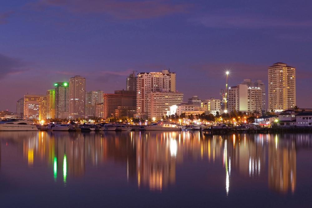 Harbor-square-manila-bay-nightscape