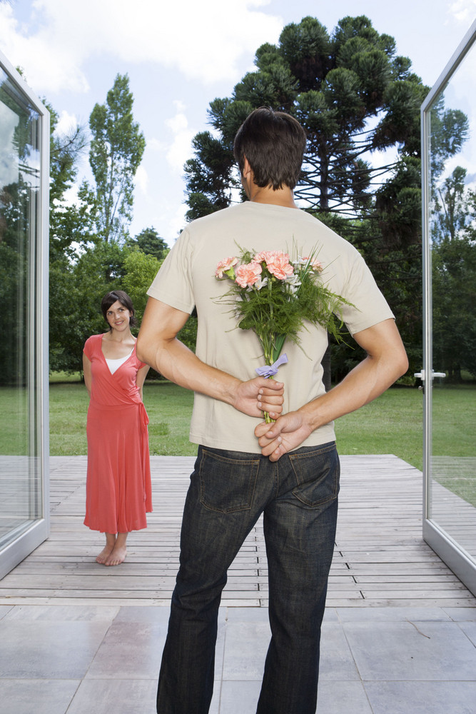 Hispanic couple with flowers