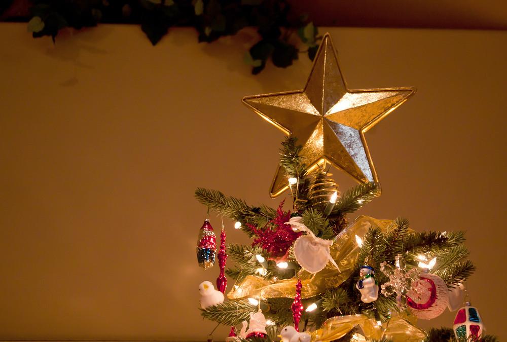 Holiday Decor Tree Star