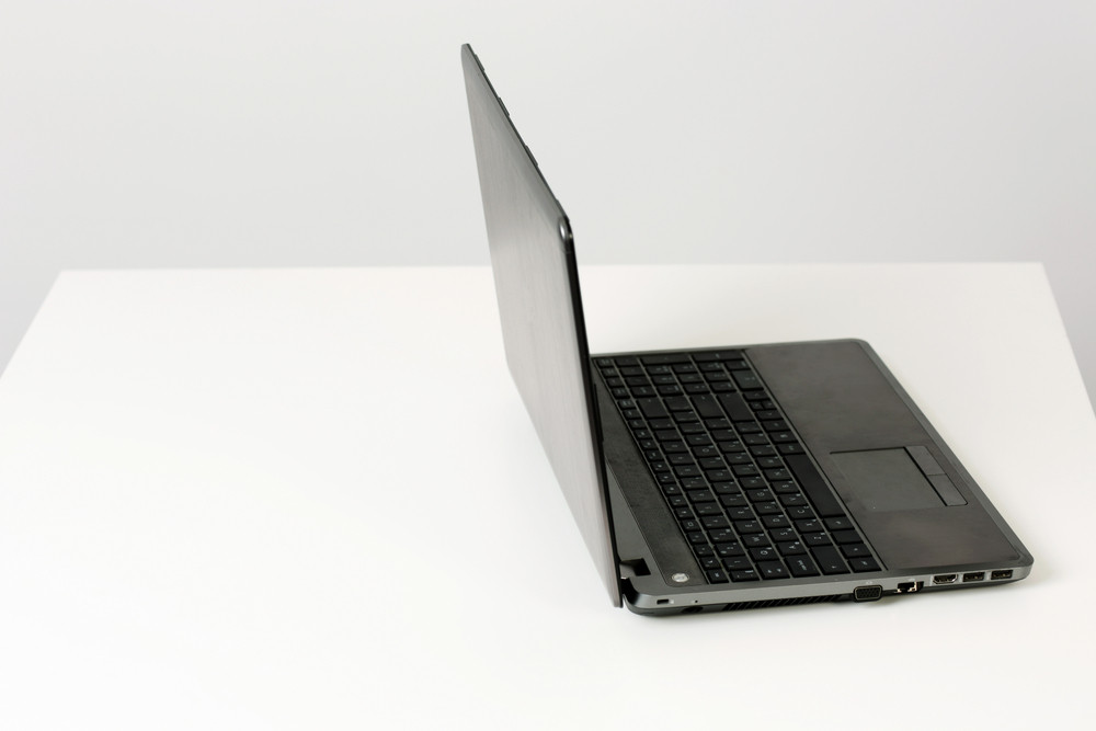 Image of a laptop on the desk