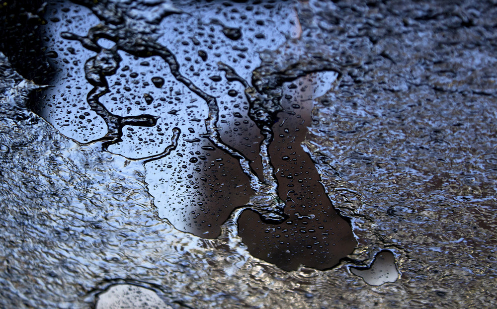 Light Reflection On Wet Ground - Night Background