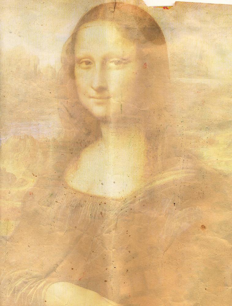 Monalisa_painting_-_paper_texture