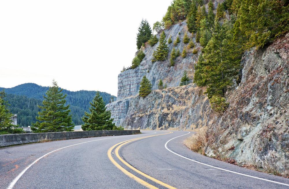 Mountain Road Way