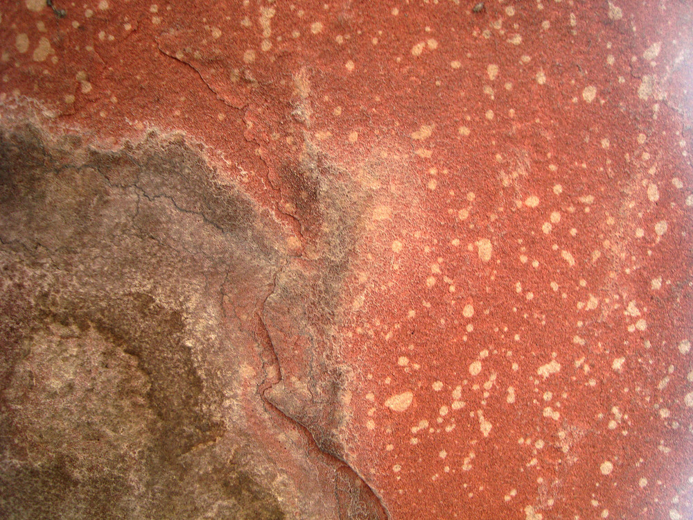 Red_stone_rock
