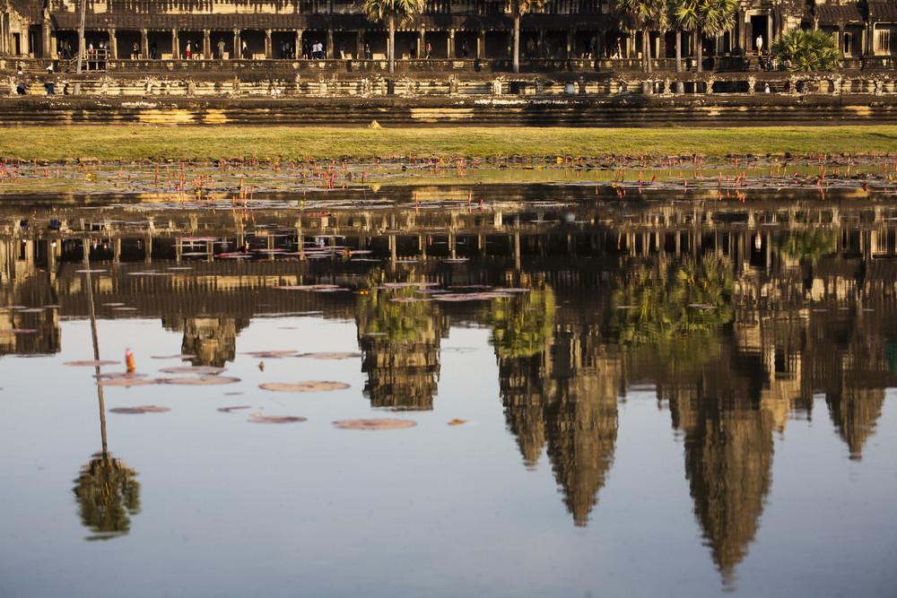 Reflect Angkor wat on water, Cambodia, Siem Reap