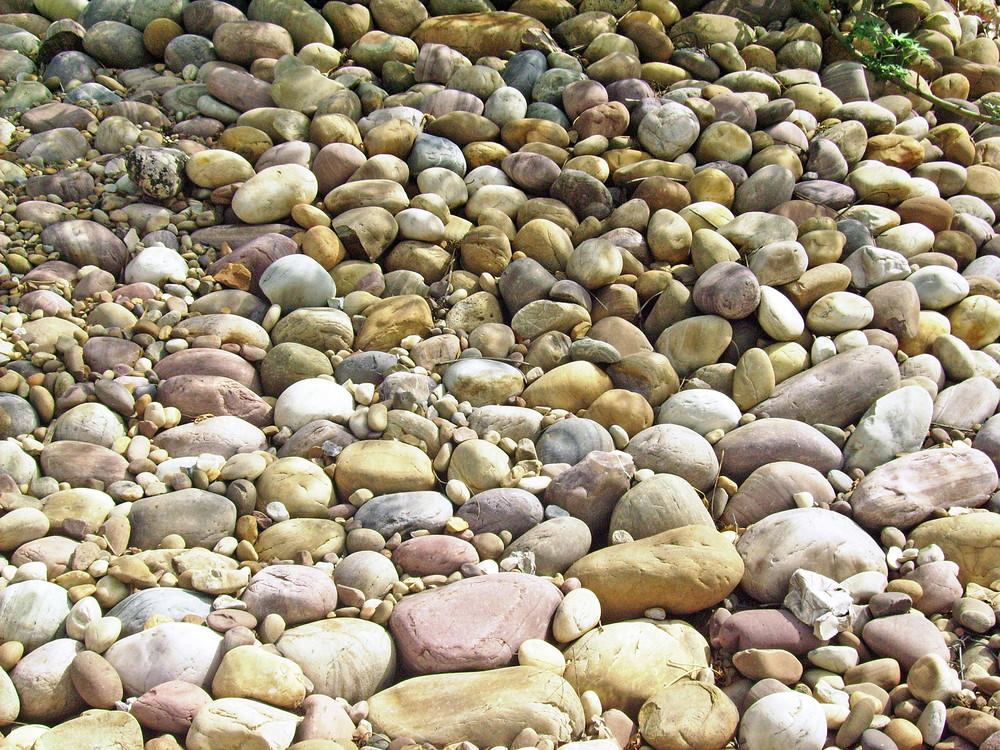 River_stones_texture