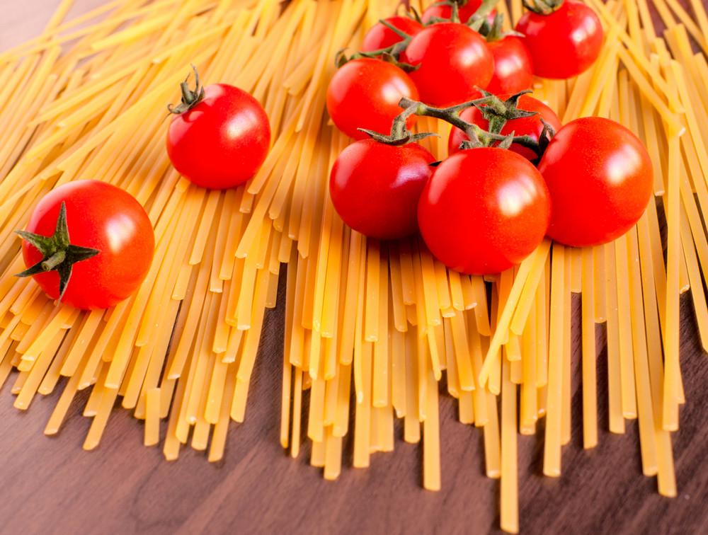 Spaghetti And Cherry Tomato