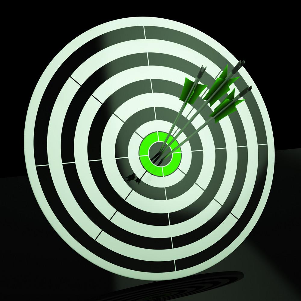 Triple Dart Shows Accuracy, Aim And Skill