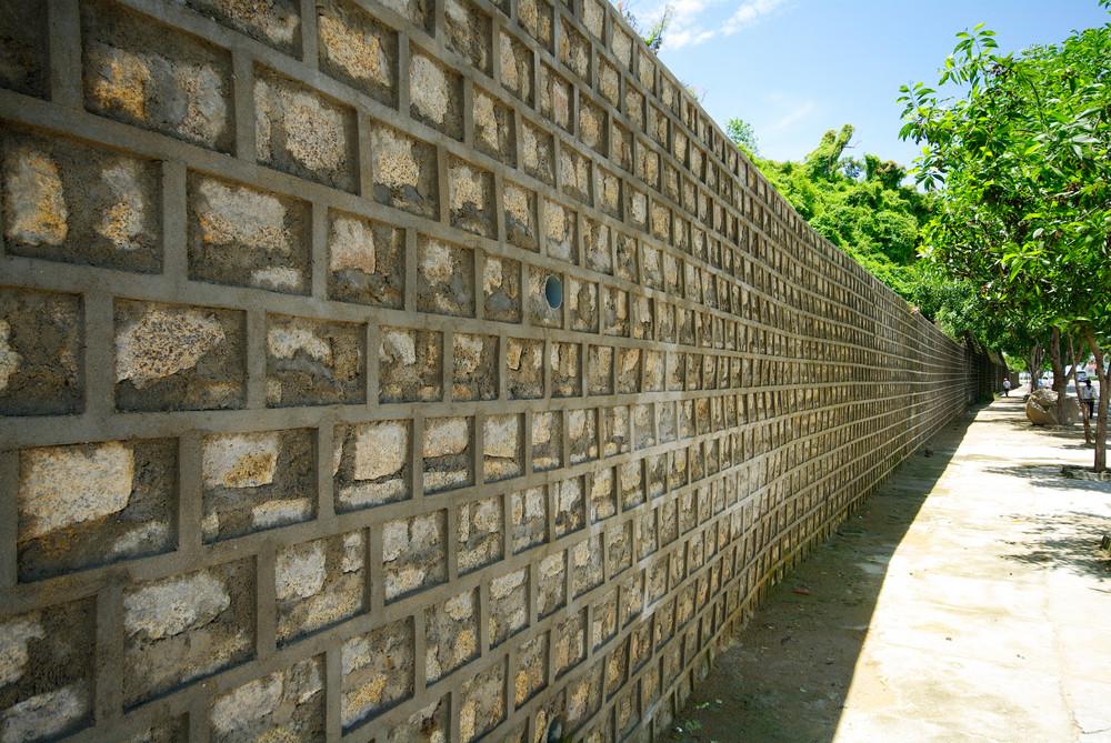 walk way beside wall
