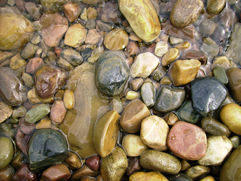 Water_pebbles_texture
