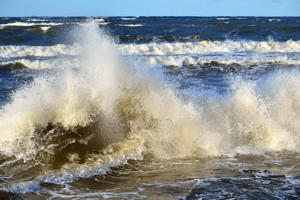 Big And Powerful Sea Waves During The Storm