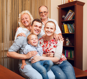 Big happy familüó at home