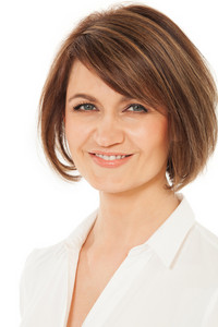 Headshot of attractive smiling woman