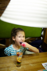 Kid in the restaurant