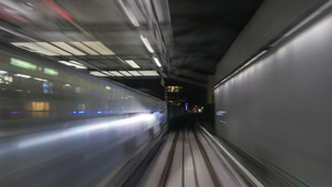 Train's motion in metropolitan tunnel