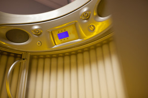 Stand up tanning system interior