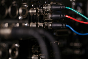 Rgb video cables in the pro recorder.