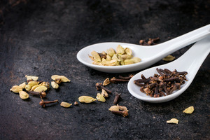 Cardamom And Cloves