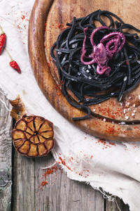 Black Spaghetti With Octopus