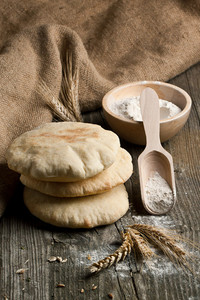 Pita Bread With Flour