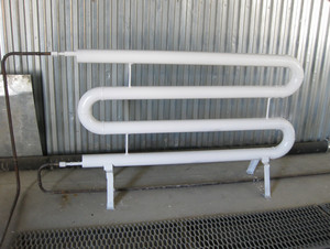 Radiator steam heating. heating industrial facilities.  equipment for primary oil refining.