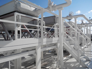 Gasoline air coolers. oil refinery. equipment for primary oil refining.
