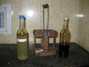 Oil field. the equipment of crafts