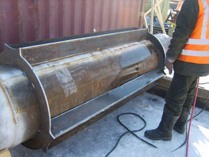 Welding of a dyuker in a cartridge. strengthening of a design of the pipeline.