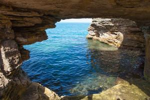 Bermuda Cave Formation