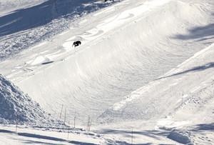 Adventure Snow Skier