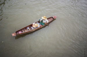 Amphawa floating market. a very famous sightseeing not far from Bangkok, Thailand