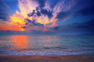 Beautiful sunrise over beach