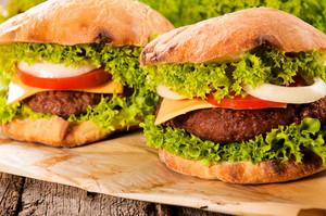 Beef Cheeseburgers