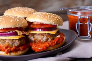 Burgers With Ajvar Salad