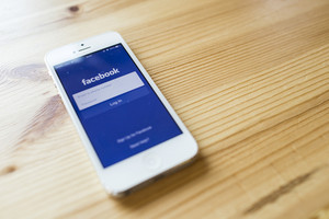 Facebook application sign in page on Apple iPhone 5