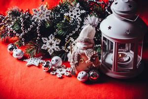 Lantern and snowman toy